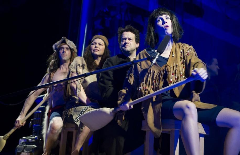 Résumer histoire du Québec théâtre